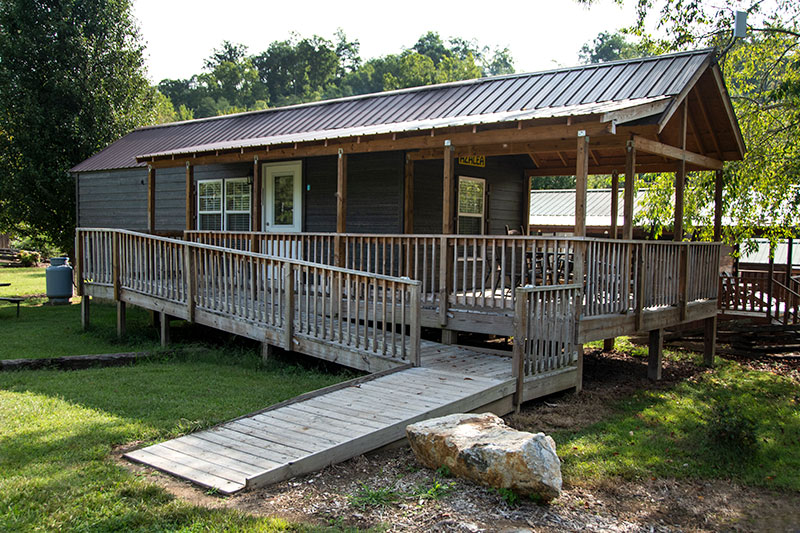 Handicap Accessible Campground Cabin With Mountain View