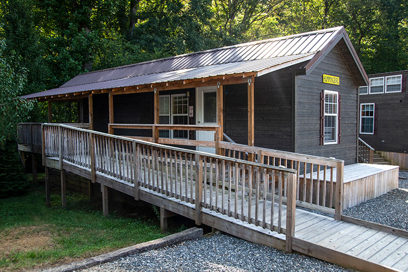Handicap Accessible Campground Cabin With Creek View Near